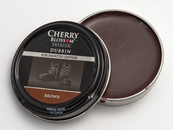 Brown Cherry Blossom dubbin
