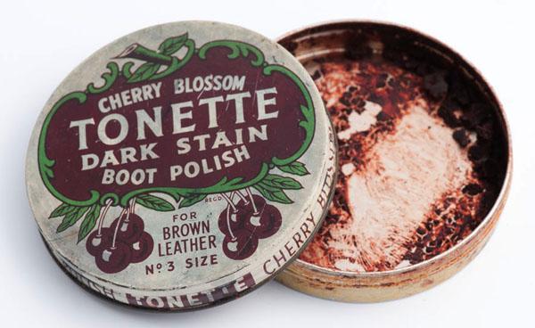Cherry Blossom Tonette dark stain boot polish