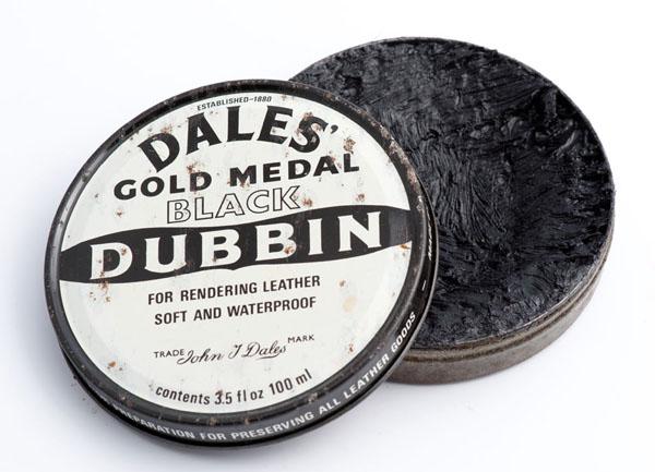 Dales' gold medal black dubbin