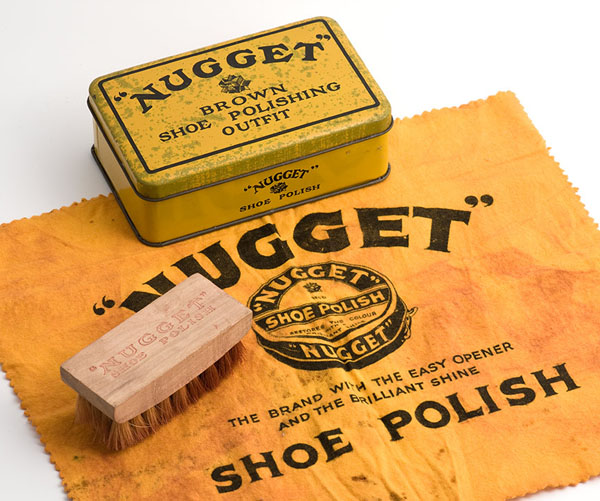 Nugget shoe polishing outfit