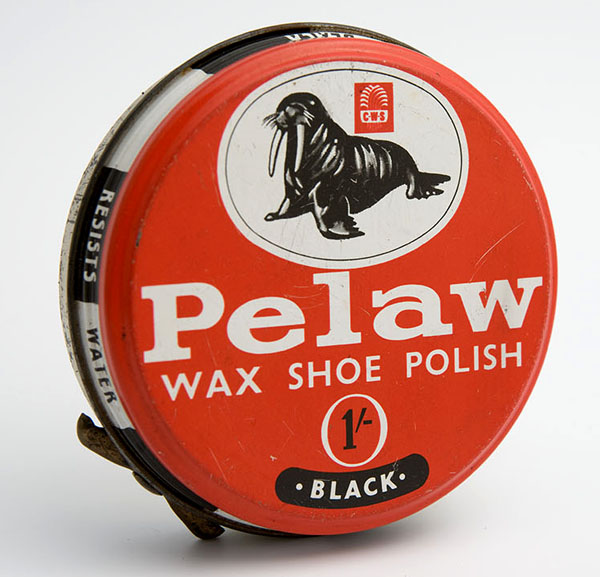 Pelaw black shoe polish