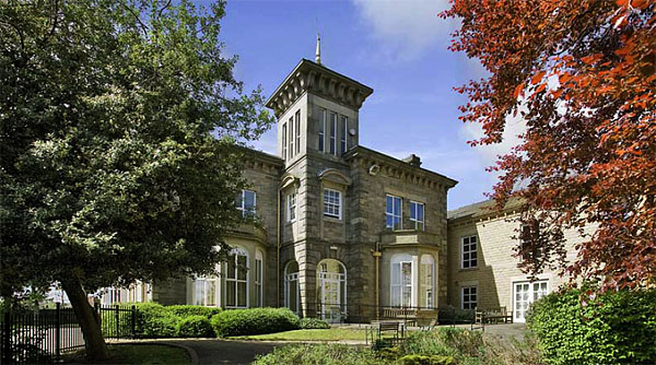 Moorlands Hall Birkenshaw